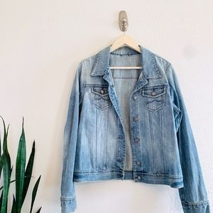 Old Navy Women's Light Wash Denim Jean Jacket